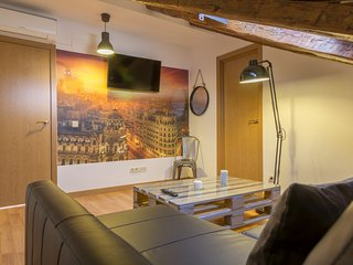 7rooms7 Plaza Mayor Deluxe - Madrid vacation rentals