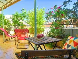 LE CITRONNIER - Terrasse, calme, vue, centre - Cote d'Azur- French Riviera vacation rentals