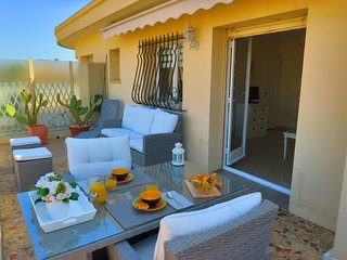 Nice 1 bedroom Apartment in World with Internet Access - World vacation rentals