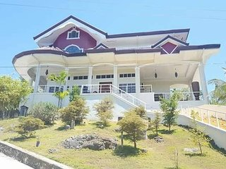 Ricardita Manor, A Large Home with Swimming Pool - Dalaguete vacation rentals