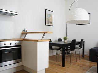 217031 - rue Rennequin - PARIS 17 - Levallois-Perret vacation rentals