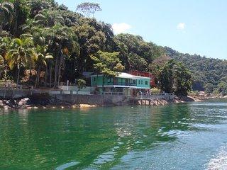 Casa junto ao mar completa para uso - Itacurussa vacation rentals