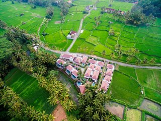 1BRV Dedari Kriyamaha Villa - Kenderan vacation rentals