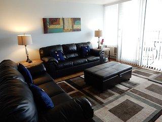 Newly Renovated/2 Bedroom/2Bath/Full Kitchen - Honolulu vacation rentals