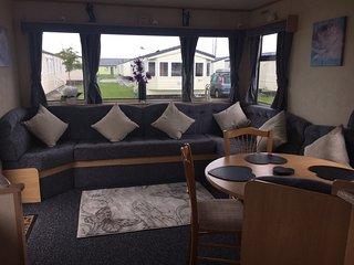 Caravan Rental, Lyons Robin Hood, Rhyl - Rhyl vacation rentals