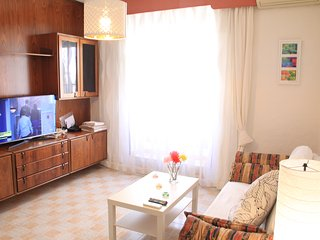 Madrid CENTRE, Prado, Sol 5 minutes, WIFI,PARKING - Madrid vacation rentals