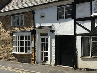 16th Century Maisonette in charming Cotswold town - Winchcombe vacation rentals
