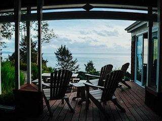 Maison De La Lune~Spectacular ocean views from NeahKahNie mountain - Neahkahnie Beach vacation rentals