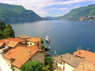 3 bedroom Villa in Como, Near Como, Lake Como, Italy : ref 2259100 - Como vacation rentals