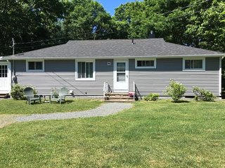 Bright 3 bedroom House in Bar Harbor with Internet Access - Bar Harbor vacation rentals
