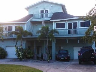 1 Bed - Walk to the beach-all utilities paid - Dunedin vacation rentals
