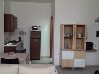 Charming Apartment in Assemini with A/C, sleeps 4 - Assemini vacation rentals