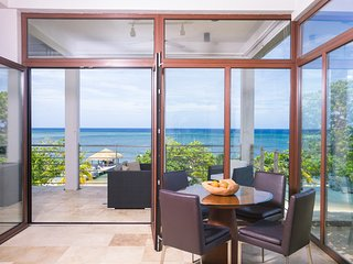 Xbalanque Resort , West Bay Roatan - West Bay vacation rentals