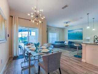 Storey Lake 4 Bedrooms, 3 Bathrooms Pool & Lake AA - Kissimmee vacation rentals