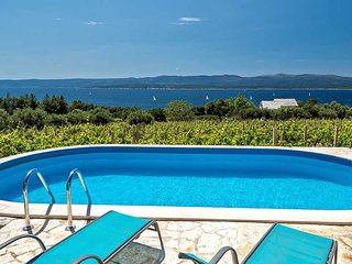 Seaview house for rent near beach, Bol, Brac - Bol vacation rentals