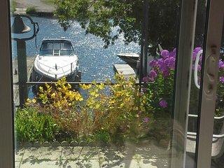 Beautiful waterfront garden level one bedroom apt - Gananoque vacation rentals