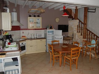 Cozy Illats House rental with Wireless Internet - Illats vacation rentals