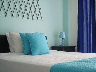 Apartamentos Turísticos La Hermosa - Parejas - San Andres vacation rentals