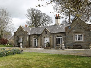 Beautiful 3 bedroom Strangford House with Internet Access - Strangford vacation rentals