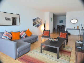 !!BREATHTAKING NYC SKYLINE VIEW,PARKING,TRAIN!!-RCT1 - Jersey City vacation rentals