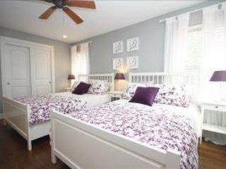 Austin - 3 BR Cottage, Near Downtown & UT - ALR 48340 - Austin vacation rentals