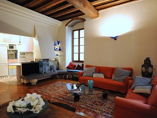 Apartment Quercia Vacation Apartment by Firenze - Florence vacation rentals