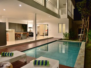 3BR Villa4 Seminyak/Oberoy,18min walk to the beach - Seminyak vacation rentals