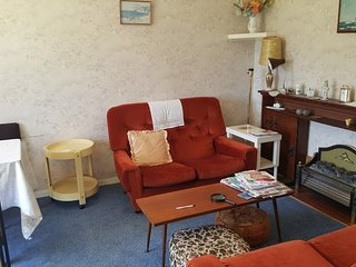 Appartment - 2 bedroom, ground floor, by seafront - Hayling Island vacation rentals