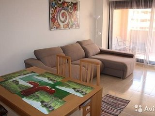 2-BR apartment - pool, wi-fi, parking - Benidorm vacation rentals