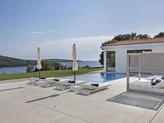 Exclusive Villa La Reina with Swimmingpool - Vrsar vacation rentals