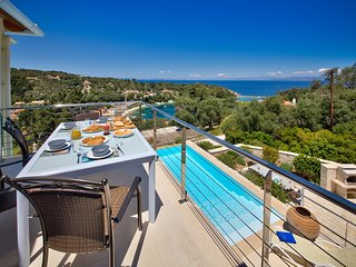 Loggos Retreat - Luxury 3 bed villa with sea view - Loggos vacation rentals