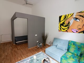 The Grey Room - Cool Pads in Budapest - Budapest vacation rentals