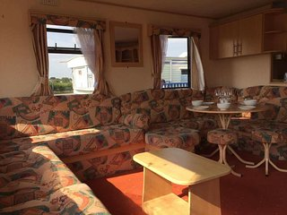 Beautiful Caravan/mobile home with Television and DVD Player - Chapel St. Leonards vacation rentals