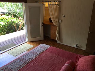Zen Villa in Haleiwa Historic Town! 2bed/2bath - Haleiwa vacation rentals