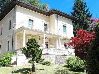la villa del lago è una b&b  contry house - Valganna vacation rentals