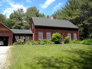 Nice House with Internet Access and Satellite Or Cable TV - New Gloucester vacation rentals