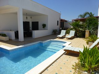 Beautiful Villa with Internet Access and A/C - Lendinuso vacation rentals