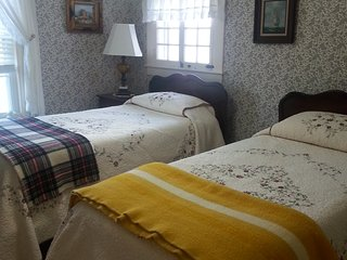 Comfortable Private room with Patio and Central Heating - Laconia vacation rentals