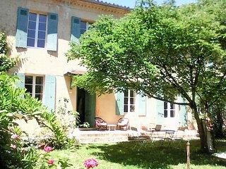 Chambres de charmes au bord de l'Estey - Le Tourne vacation rentals