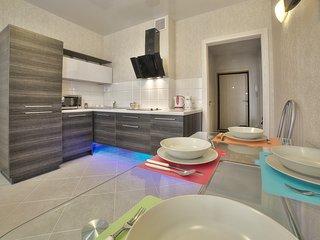Deluxe Apartment on Skryganova 4A - Minsk vacation rentals