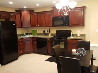 Updated Crescent Hill 2BR 2BA Condo by Downtown - Louisville vacation rentals