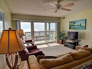 Queen's Grant C-110 - Oceanfront View, Pool, Hot Tub, Boat Ramp & Dock - Topsail Beach vacation rentals