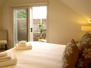 Marys Place 7 night minimum stay - Melbourne vacation rentals