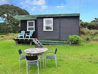 Seaview Beach Cabin - Pakiri Beach Studio - New Zealand vacation rentals