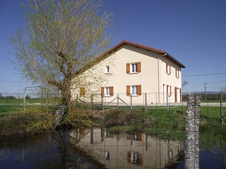 4 bedroom Gite with Washing Machine in Roybon - Roybon vacation rentals