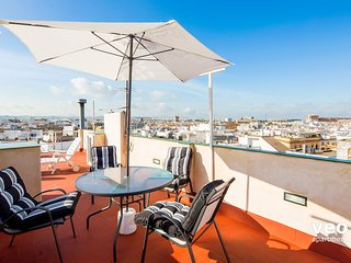 Guadiana Terrace | Top-floor apartment, city views - Seville vacation rentals