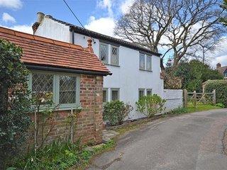 A quaint, charming cottage set on a generous plot - Everton vacation rentals