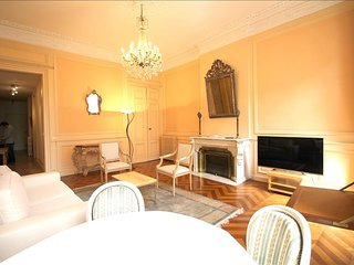 Tourny - Apartment in the Heart of Bordeaux - Bordeaux vacation rentals