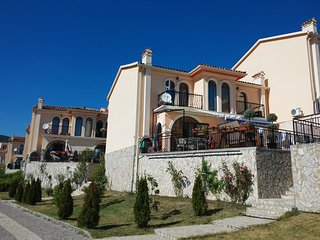 Sandapart Villa Romana 2 Floors Apartment - Elenite vacation rentals