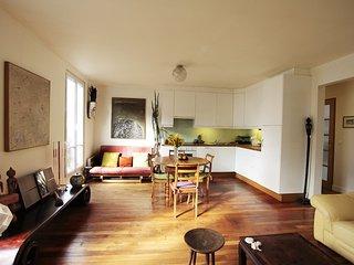PerfectlyParis Contemporary Custine sleeps 5 - Paris vacation rentals